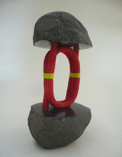 2020-Dualité-Granit,fliln rouge-Ht33cm x14cm