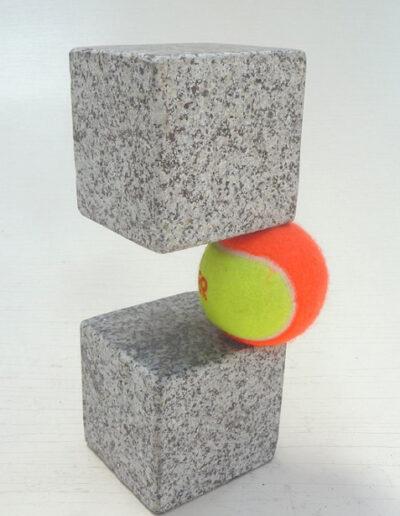 Loïc Hervé, 2020,Dualité Granit, Bale, HT 22cm x 10cm_