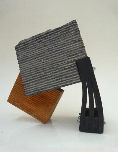2013-Brise Lame-Granit,Bois,Caoutchouc-HT 26 cm x 26 cm